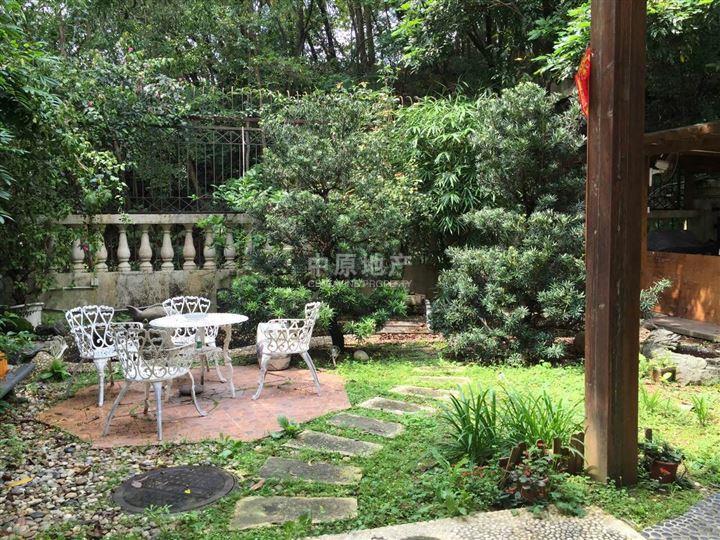 別墅花園裝修-自家小花園設計實景|別墅裝修樣板|一樓