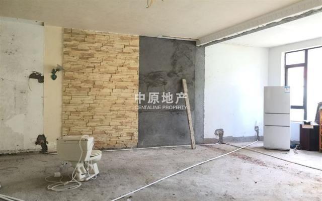 《皇牌代理》深圳华侨海景山庄 独栋别墅 私家花园 635万