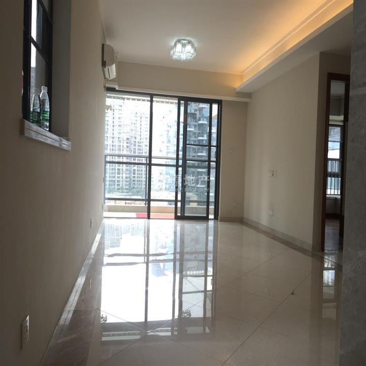 《皇牌代理》房子裝修好樓層佳可以買來直接入住大