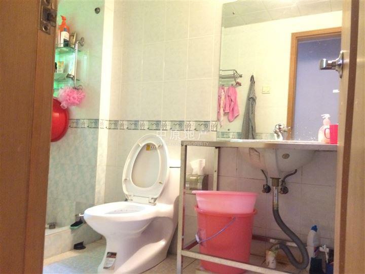 奢华欧式卧室装修 卫生间