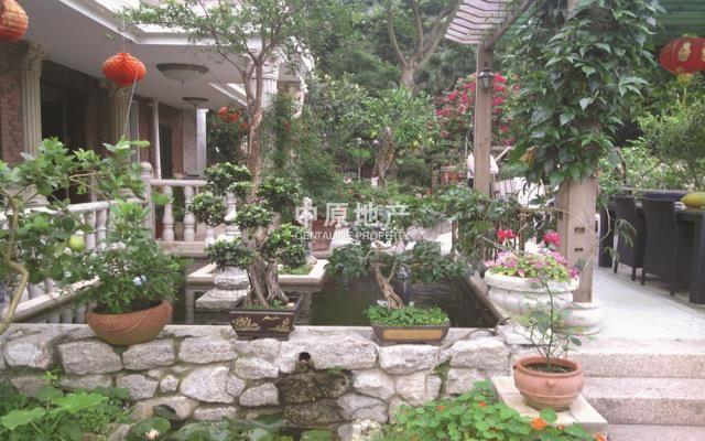 别墅菜园加花园设计图