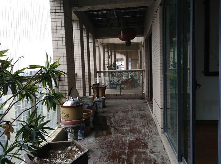 欧式商品房阳台怎么装修