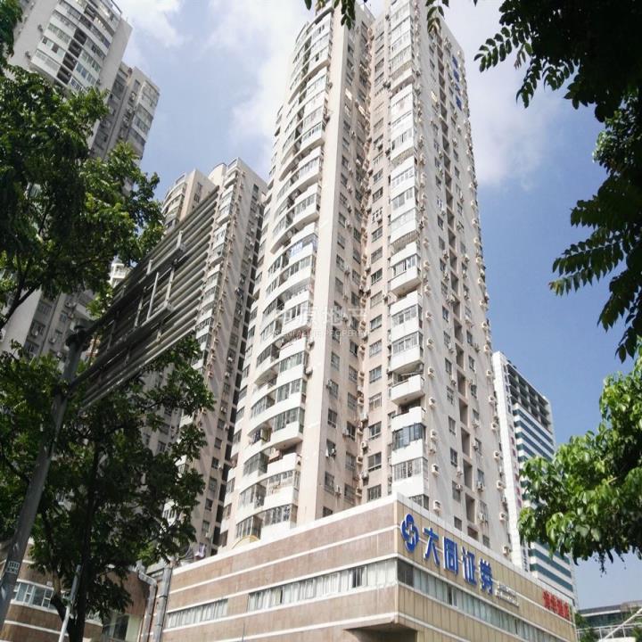 南油片区海晖大厦 精装三房 高楼层 景观房 业主很急卖